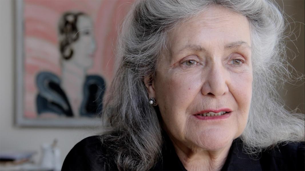 """video still Deborah Campert Wolf """"Toen ik 65 werd dacht ik nu ben ik echt goed, nu ben ik een beetje zeker van mijn zaak. Nou ja en toen hieldhet op."""""""